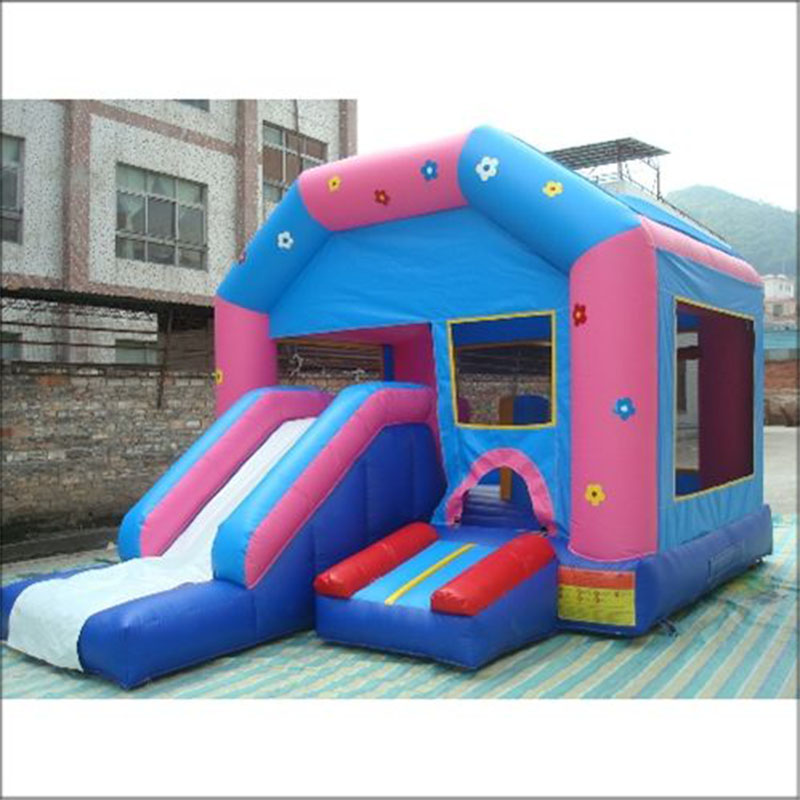 new style inflatable castle bouncy house trampoline with slide
